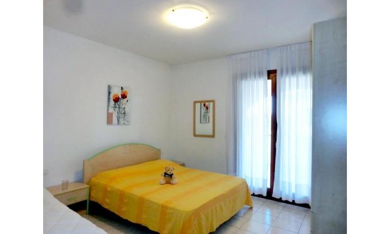 residence LEOPARDI-GEMINI: D9 - bedroom (example)