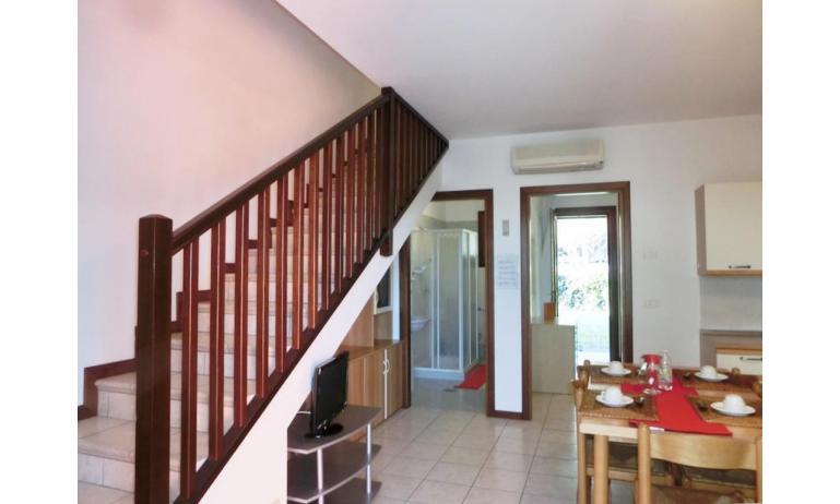 residence LEOPARDI-GEMINI: D9 - living room (example)
