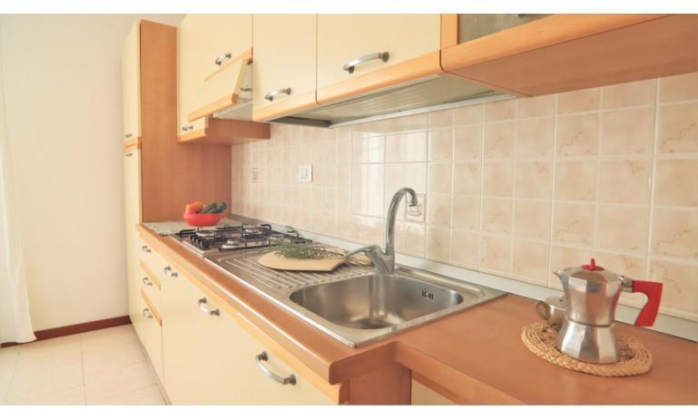 résidence LIA: B5/0 - coin cuisine (exemple)