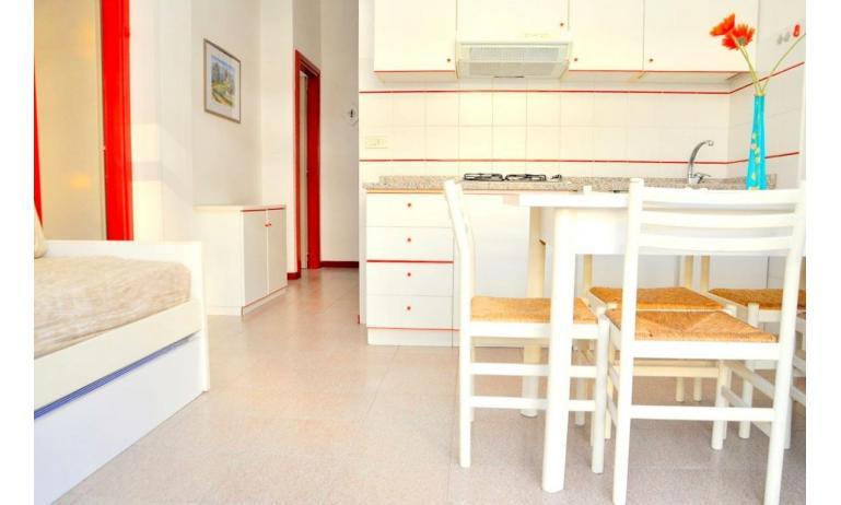 appartament BILOBA: C6/2 - coin cuisine (exemple)
