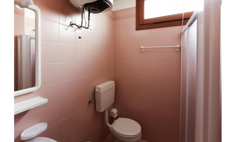 appartamenti CAMPIELLO: A4 - bagno (esempio)