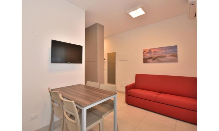 Ferienwohnungen IRIS SUITE: A3 - A3 - Wohnzimmer (Beispiel)