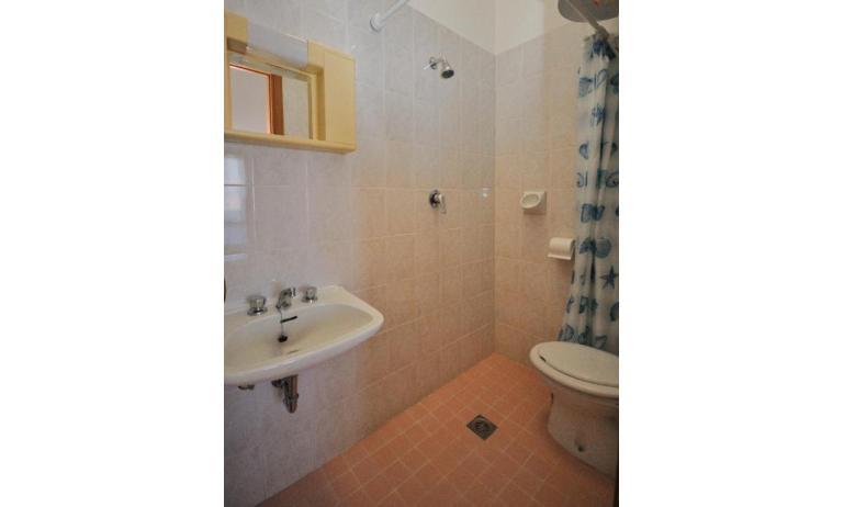 appartamenti ATOLLO: B4 - bagno (esempio)