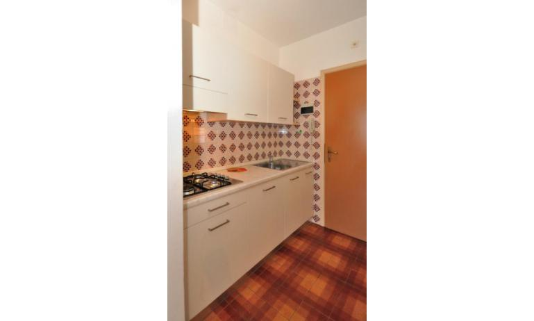 appartamenti ATOLLO: B4 - angolo cottura (esempio)