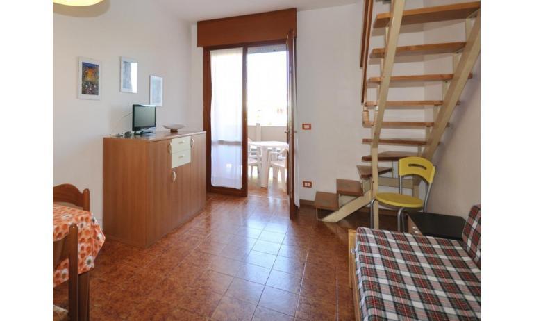appartamenti ATOLLO: B4 - soggiorno (esempio)