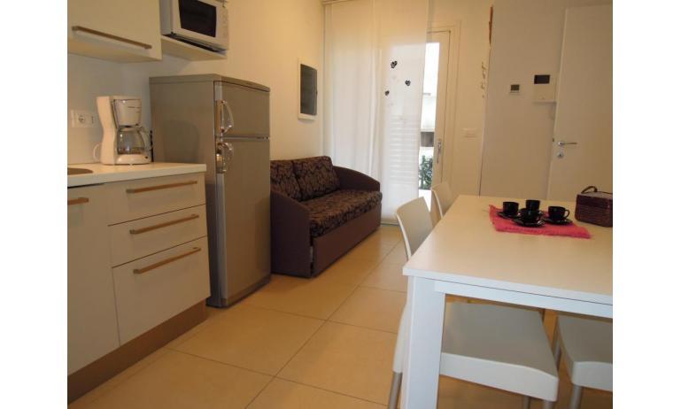 residence EVANIKE: B5 - divano letto doppio (esempio)