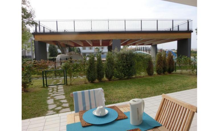 residence EVANIKE: C6 - giardino (esempio)