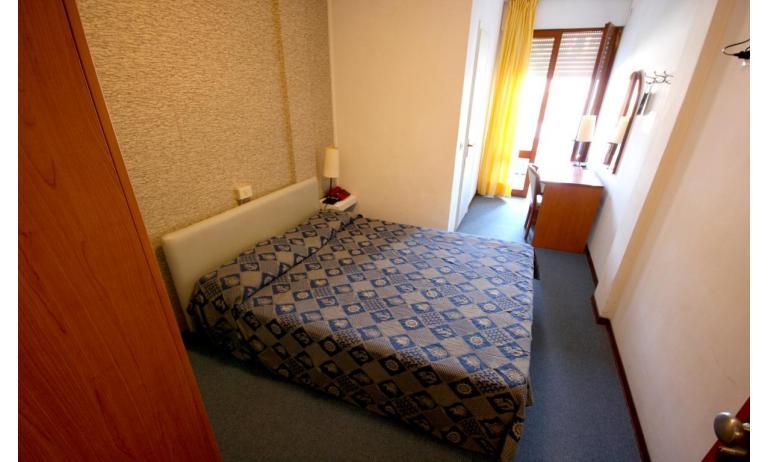 hotel ALEMAGNA: Matrimoniale - camera matrimoniale (esempio)