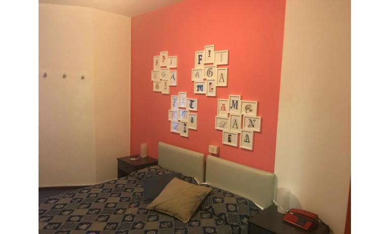 hotel ALEMAGNA: Familiare - letto matrimoniale (esempio)