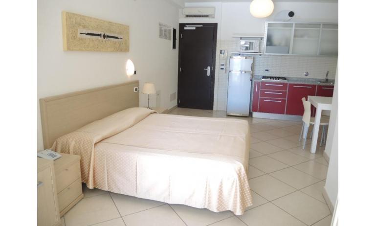 aparthotel ASHANTI: A2 Nord - angolo cottura (esempio)