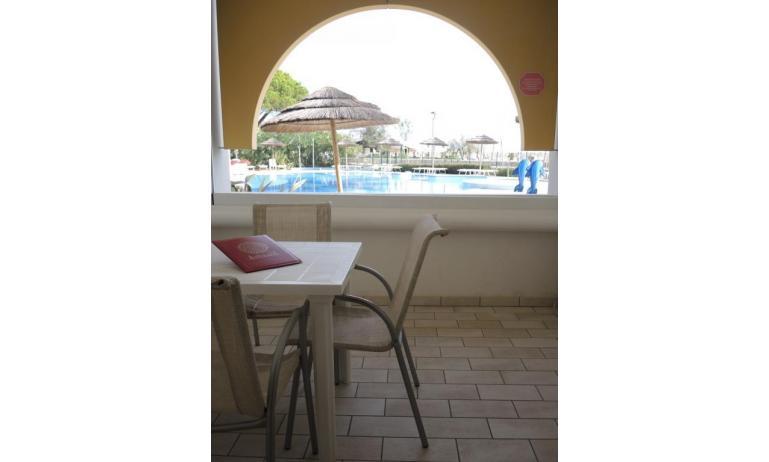 aparthotel ASHANTI: A2 Sud - balcone (esempio)