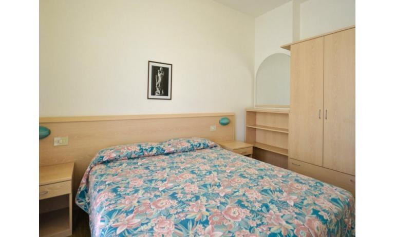 appartamenti RANIERI: B4 - camera matrimoniale (esempio)