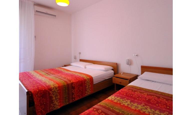 appartamenti TIZIANO: B5a - camera tripla (esempio)