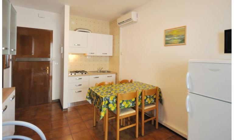 appartamenti TIZIANO: B5b - angolo cottura (esempio)