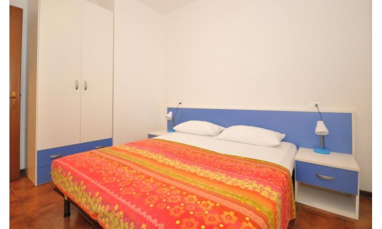 appartamenti TIZIANO: C6b - camera matrimoniale (esempio)