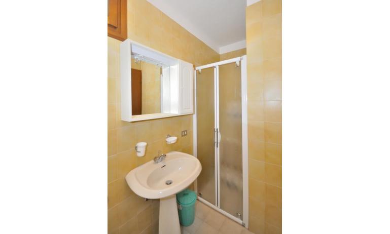 appartamenti MONACO: A5 - bagno (esempio)