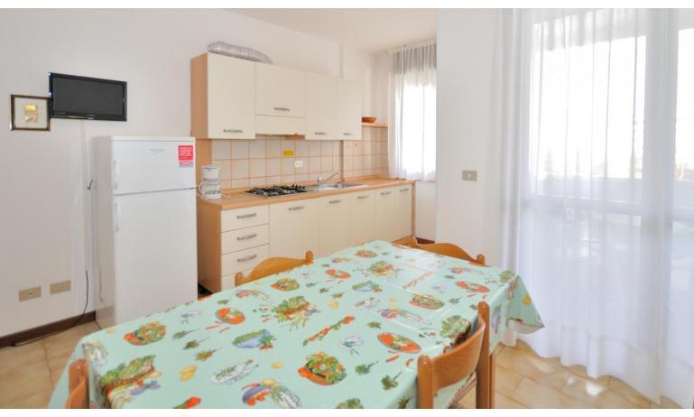 appartamenti MONACO: A5 - angolo cottura (esempio)