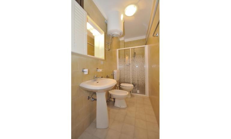 appartamenti MONACO: B5 - bagno (esempio)
