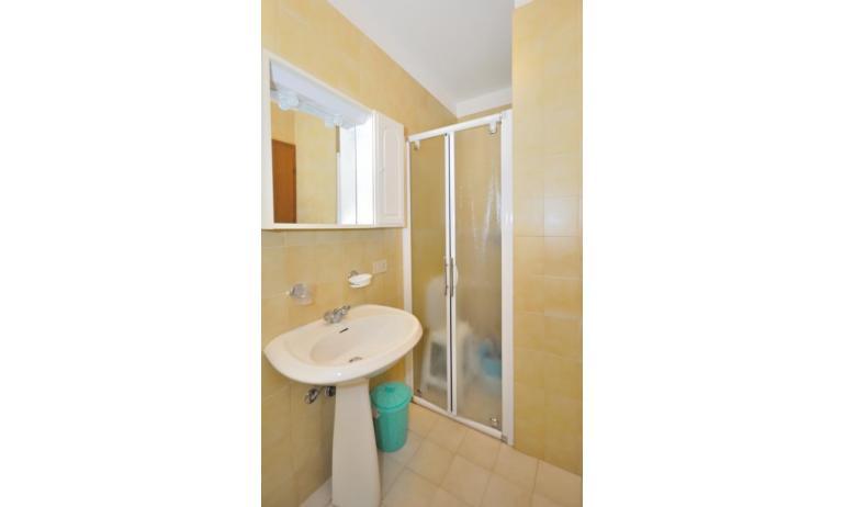 appartamenti MONACO: B7 - bagno (esempio)