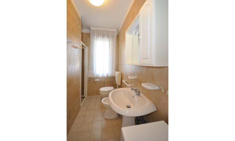 appartamenti MONACO: C6 - bagno (esempio)
