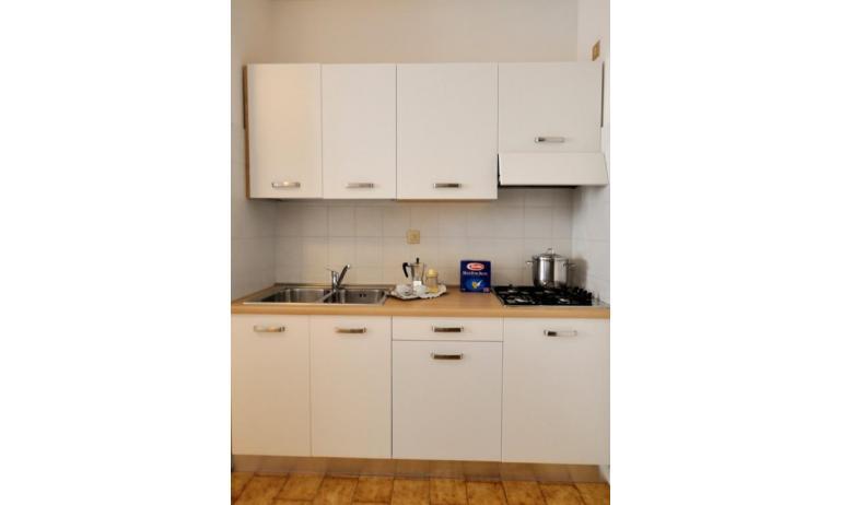 appartamenti PLEIONE: B4 - angolo cottura (esempio)