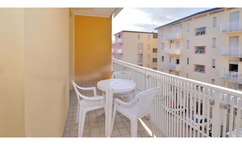 appartamenti PLEIONE: B4 - balcone (esempio)