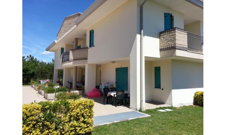 residence LIDO DEL SOLE: B5/V - esterno villetta (esempio)