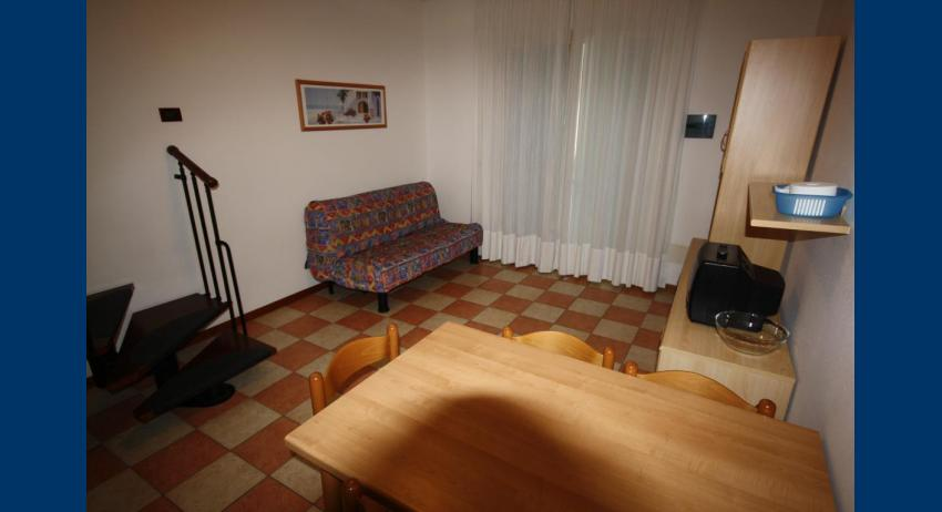 B5 V - living room (example)
