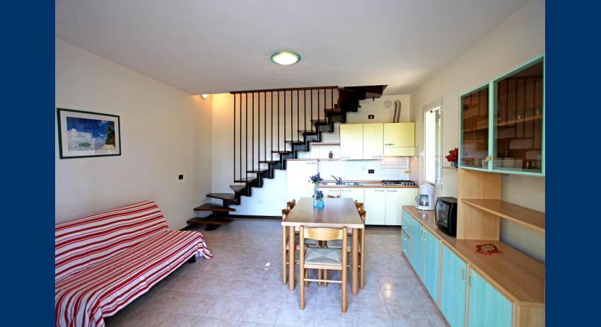 B5 V - living area