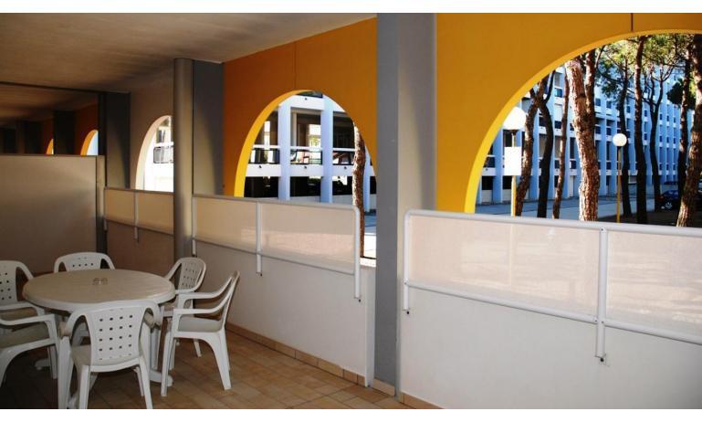 aparthotel ASHANTI: C6 N2 - terrazzo (esempio)