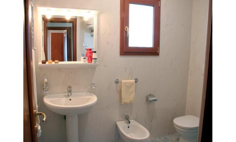 appartamenti DELFINO: C6+ - bagno (esempio)