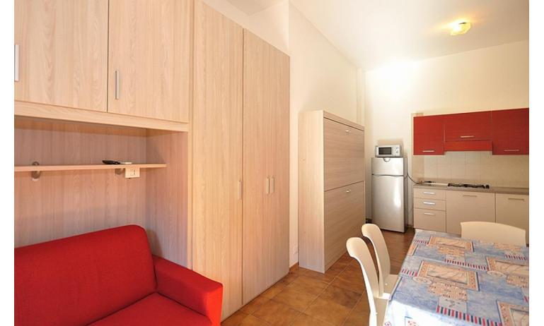 appartamenti ATOLLO: A4 - soggiorno (esempio)