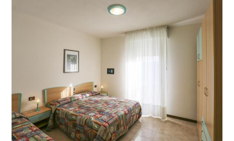 residence LIDO DEL SOLE: C7 - camera tripla (esempio)