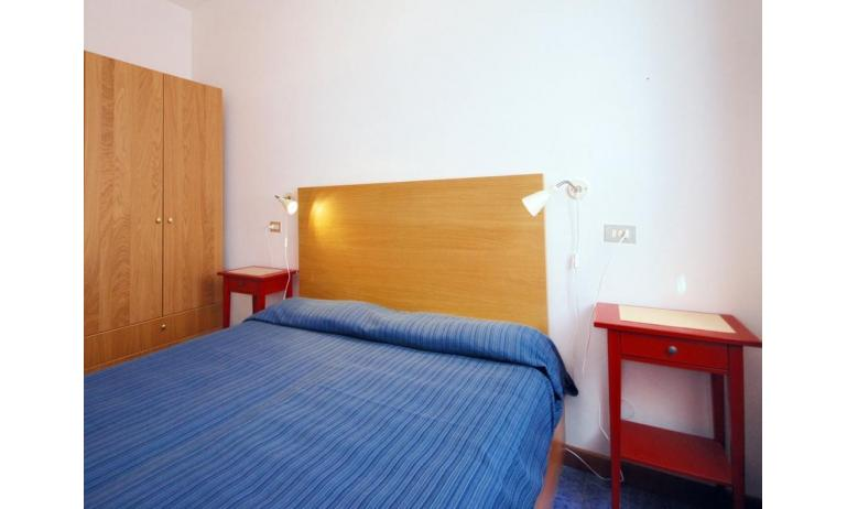 appartamenti VILLAGGIO MICHELANGELO: B4 - camera doppia (esempio)