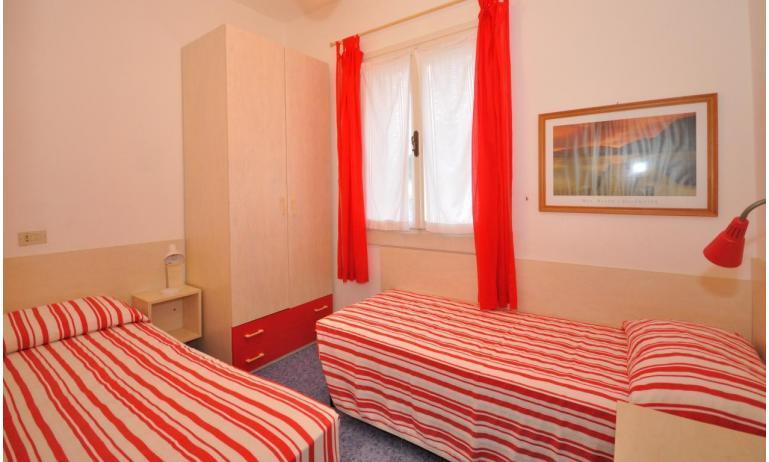 appartamenti VILLAGGIO MICHELANGELO: C6a - camera doppia (esempio)