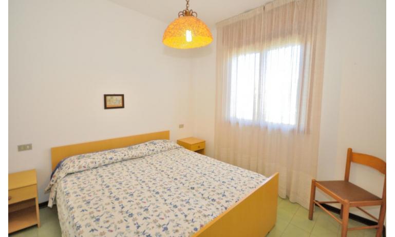 residence SPORTING: B4 - camera matrimoniale (esempio)