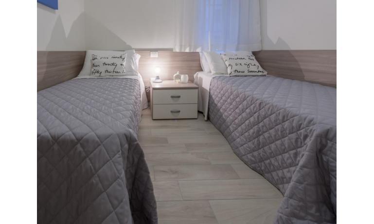 appartamenti RESIDENCE VIVALDI: C6 - camera doppia (esempio)