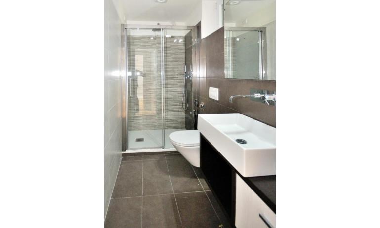 appartamenti RESIDENCE VIVALDI: C6 - bagno (esempio)