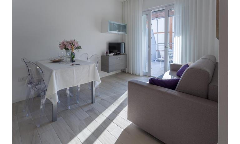 appartamenti RESIDENCE VIVALDI: C6 - soggiorno (esempio)