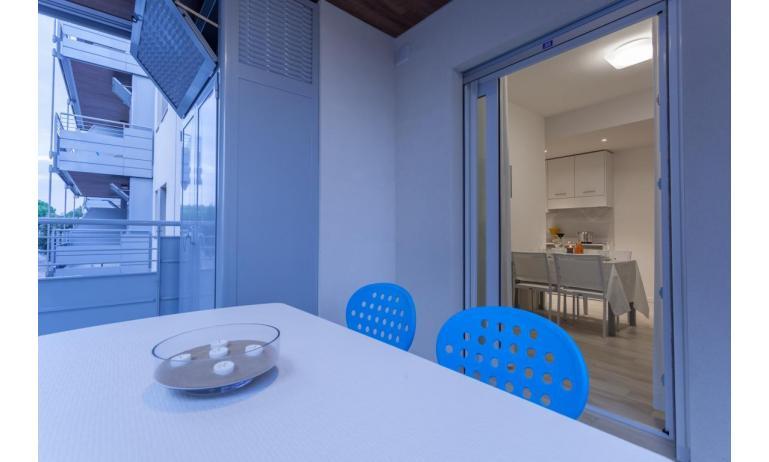 appartamenti RESIDENCE VIVALDI: C6 - balcone (esempio)