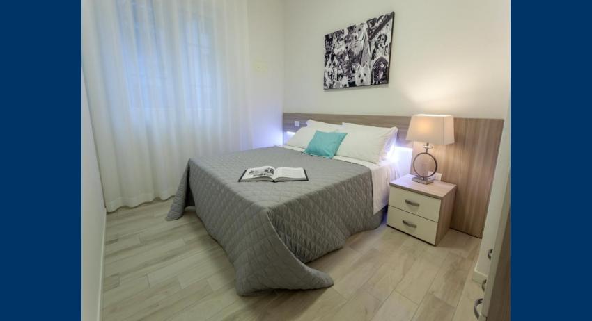 C6+ - double bedroom (example)