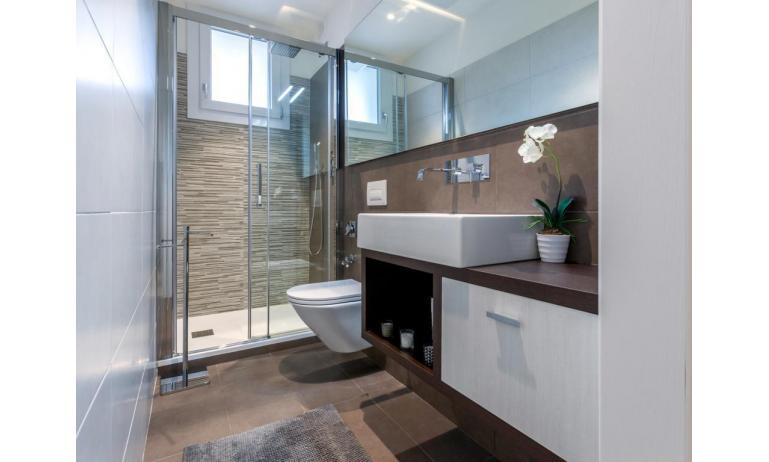 appartamenti RESIDENCE VIVALDI: C6+ - bagno (esempio)