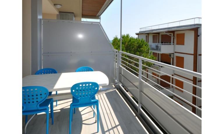 appartamenti RESIDENCE VIVALDI: C6+ - balcone (esempio)