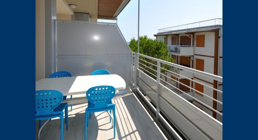 C6+ - balcon (exemple)