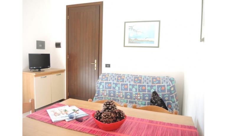 residence LIA: B5 - soggiorno (esempio)