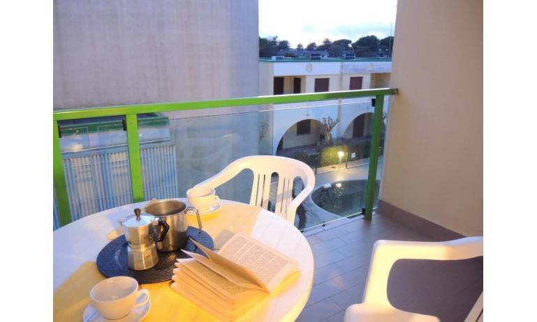 residence LIA: B5 - balcone con vista (esempio)
