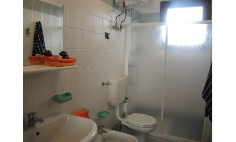 residence LIA: B5 - bagno (esempio)